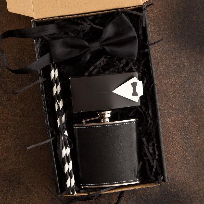 PREZENT dla Świadka pudełko Z IMIENIEM Z piersiówką Frak LUX