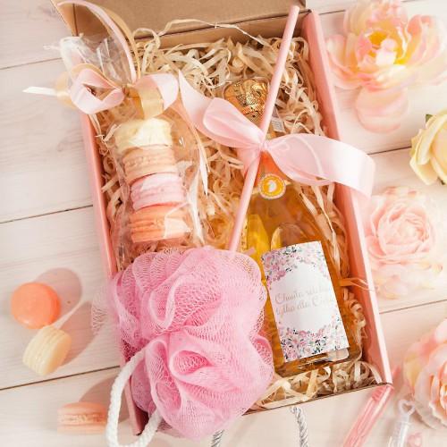 PREZENT na Panieński Box Z IMIENIEM Wino+makaroniki mydełka LUX