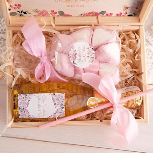 PREZENT na Panieński Z IMIENIEM w skrzyni Wino+pianki