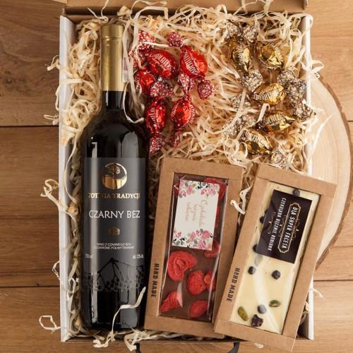 PREZENT na Rocznicę Ślubu Z IMIONAMI Kosz Czekolady z winem