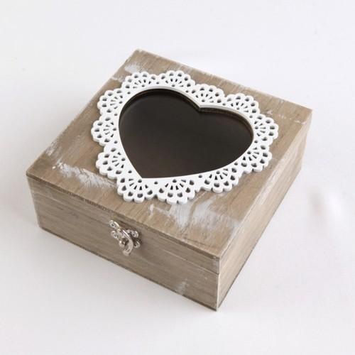 PUDEŁKO na obrączki z drewna z sercem