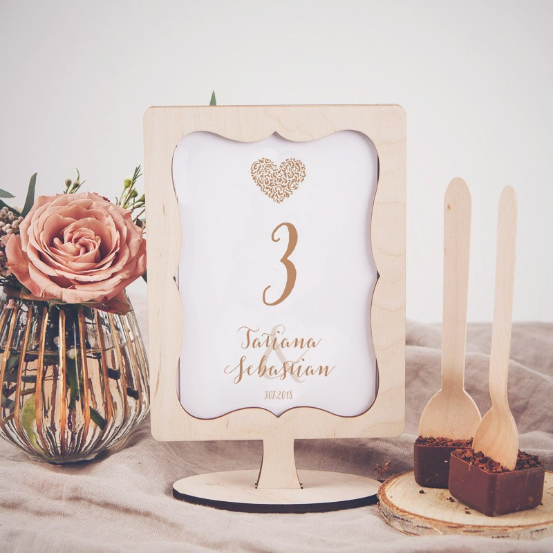 NUMEREK na stół wesele z imionami Czekoladowe LOVE
