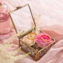 SZKATUŁKA szklana na obrączki kwadratowa ZŁOTA mała