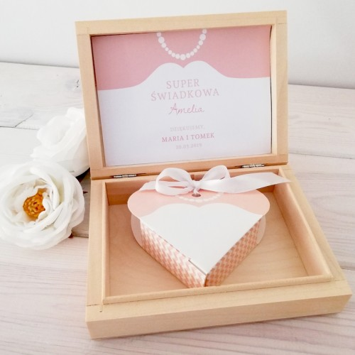 PODZIĘKOWANIE dla Świadkowej w drewnianym pudełku Suknia