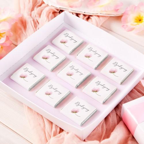 PODZIĘKOWANIE dla Rodziców Bombonierka z czekoladkami Romantyczna Piwonia Z IMIENIEM