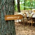 STRZAŁKA drewniana drogowskaz z napisem Ceremony