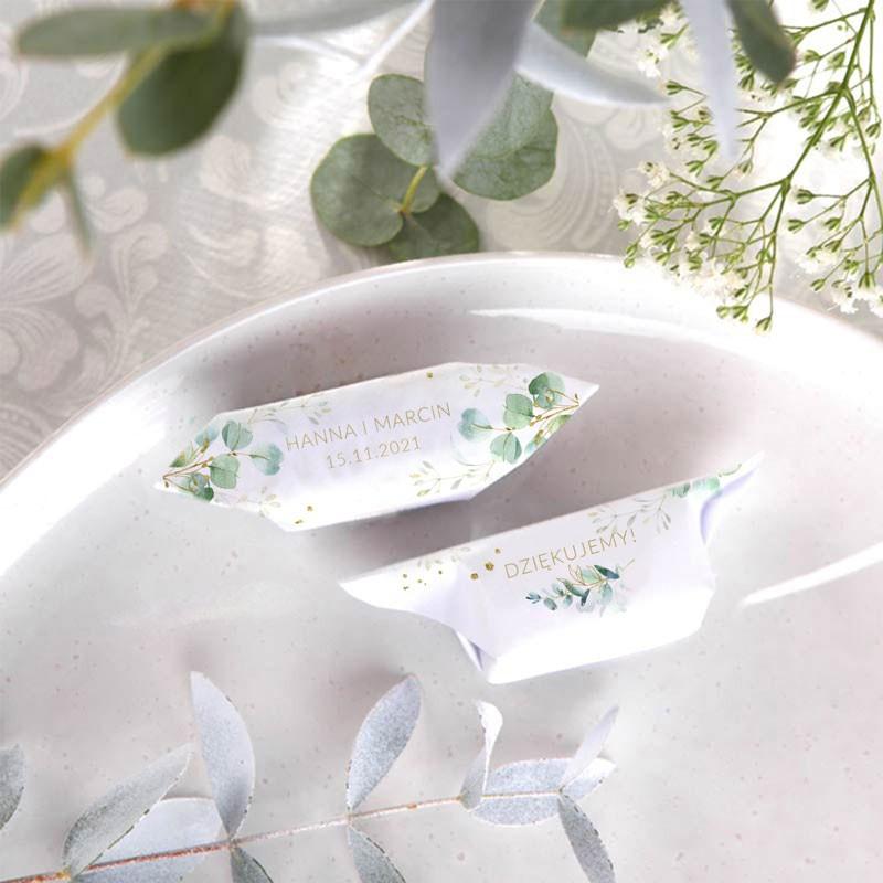 Krówki dla gości weselnych z imionami Pary Młodej
