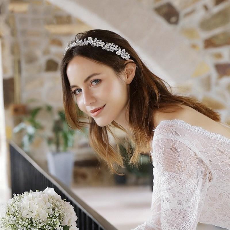 Bogato zdobiona opaska ślubna z kryształkami